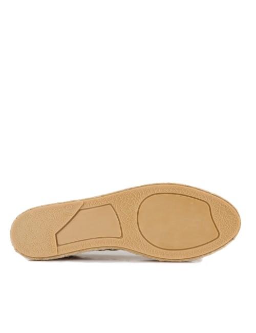 María Barceló M800201 Zapato Oxford de Mujer en Charol con Cierre Ajustable con Cordones Negro